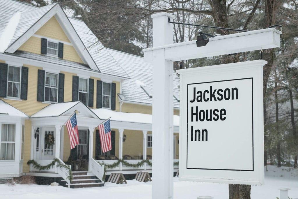 Jaclyn Watson Events •New England wedding planner-Snowy-winter-wedding